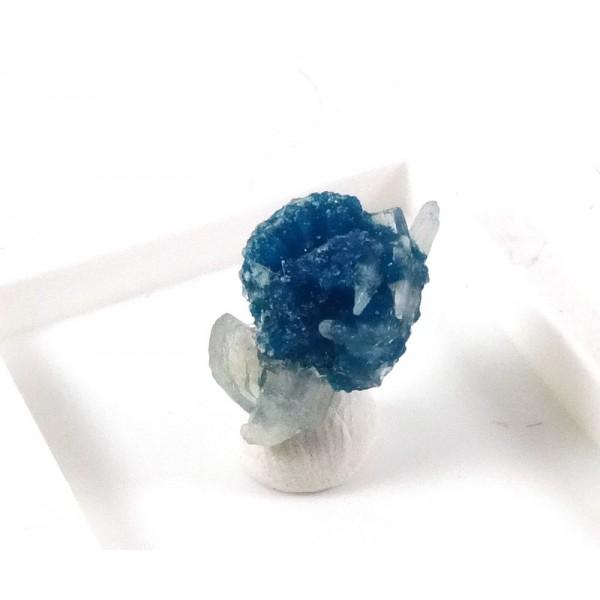 Cavansite Crystal Formation