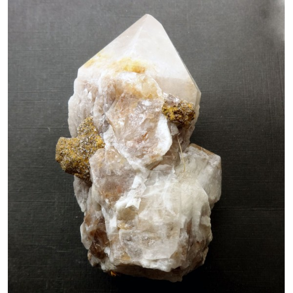 Candle Quartz Crystal Points Formation
